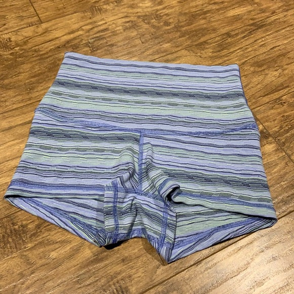 Lululemon boogie shorts with roll over waist